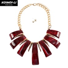 Здесь можно купить  KOSMOS-LI  Celluloid Bar Fringe Statement Necklace& Pendants Aluminum Gold Chain Hyperbole Party Collier Jewelry For Women 8420