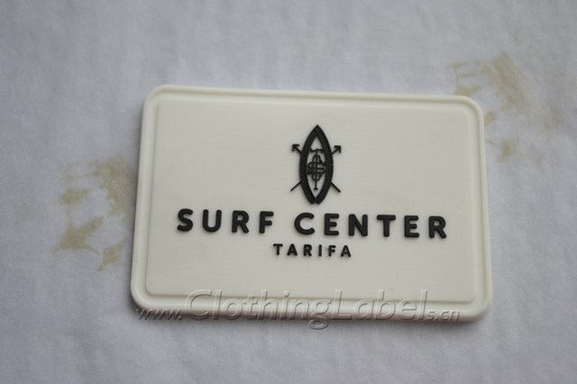 soft pvc label custom embossed logo 3d rubber patch sewing