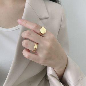 Image 1 - Silvology 925 Sterling Zilver Glossy Concave Sureface Ringen Ronde Hoge Kwaliteit Geavanceerde Model Ringen voor Vrouwen Nieuwe Kantoor Sieraden