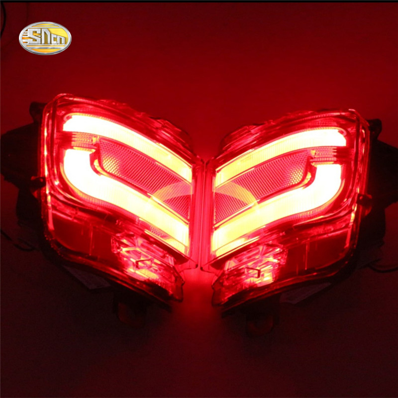 ФОТО SNCN LED Rear Bumper Lights For Toyota Land Cruiser 2016 2017 LED Car Rear Bumper Reflector driving Tail Brake Light