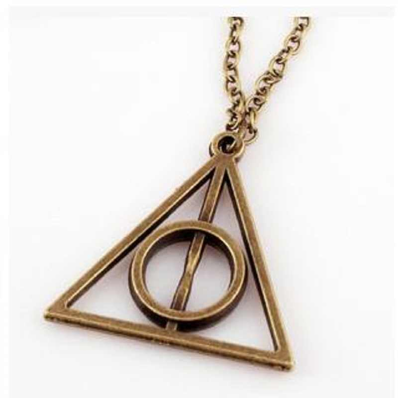 New Fashion Hot Metal Silver Necklace Pendant Triangle As Gifts For Men Women 0181