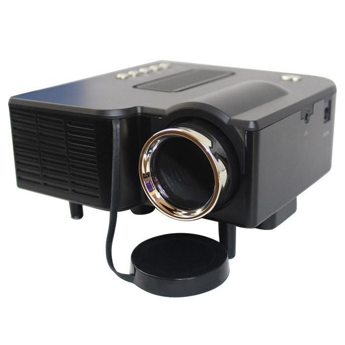 Prix pour 2016 Vente Chaude Noir HD1080P UC28 + Mini Projecteur LED Numérique Jeu vidéo Projecteurs Multimédia Entrées Lecteur AV VGA USB SD HDMI
