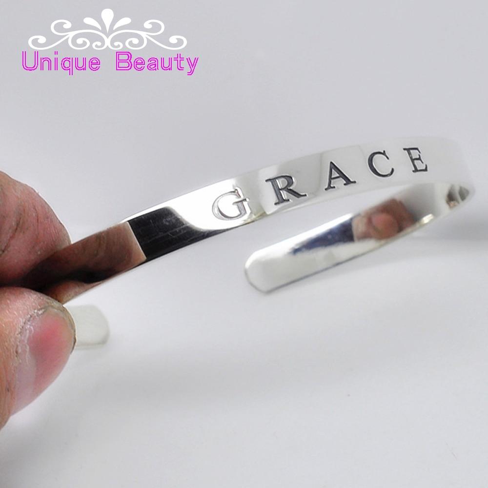 305445dc79a89 Al por mayor plata esterlina 925 brazalete grabado nombre palabras pulsera  inicial personalizada placa hombres joyería eboreo