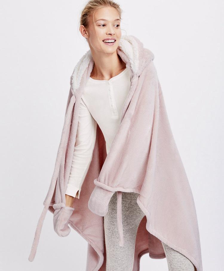 Cute Pink Comfy Blanket Sweatshirt Winter Warm Adults and Children Rabbit Ear Hooded Fleece Blanket Sleepwear Huge Bed Blankets 15