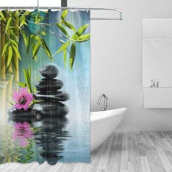 Piedra de bambú y flor roja se combinan con el paisaje armonioso Zen Spa 3d diseño de tela Cortina de ducha para la decoración del baño