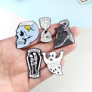Черная брошка в виде кота в виде черепа, эмалированные заколки в виде скелета в виде песочных часов, рубашка, нагрудные значки, украшения для Хэллоуина, подарок для детей
