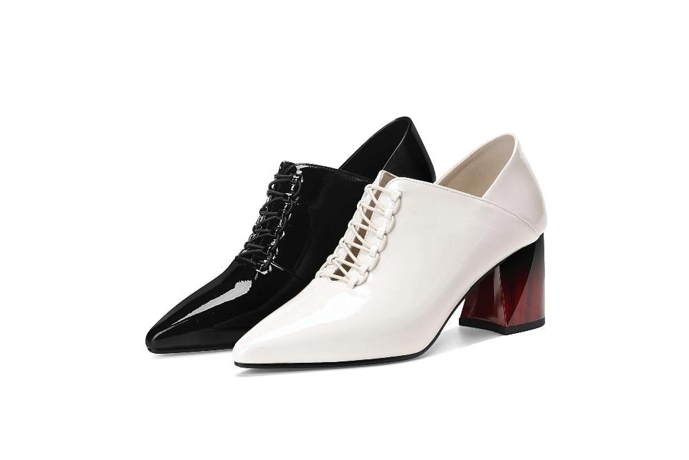 High Dame L77 Spitz Flach Britischen weiß Schwarzes Auf Original Oxfords 2019 Büro Pumpen Stil Slip Große Kleid Block Heels Design Größe qXUwOwx0
