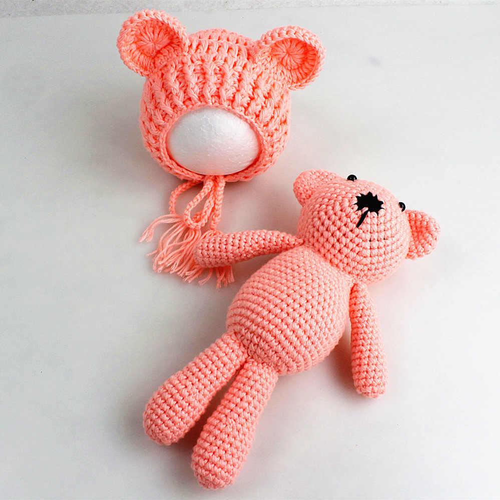 96278ae81 Baby Photography Props Hats And Bear Toys Set Handmade Knitting Newborn  Photograph Prop Little Bear Caps Baby Beanie Fotografia