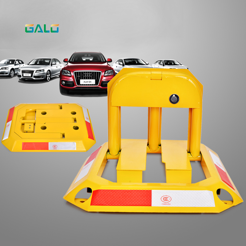Octagon Steel Car Parking Blocker, Car Parking Barrier, Manual Parking Lock Bollard Post