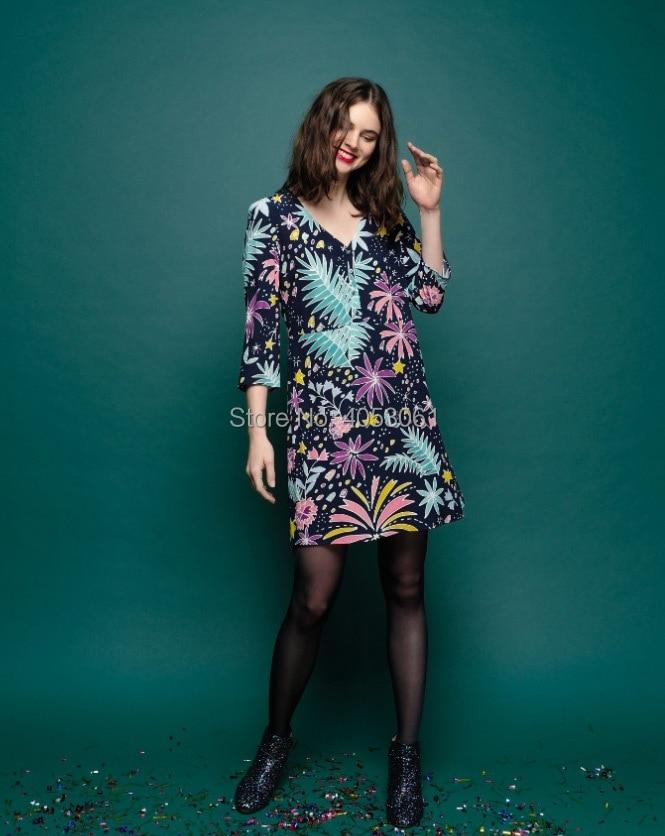 Viscose 100% imprimé Floral col en V courte Mini robe avec manches au coude 2019 femmes élégant robe courte-in Robes from Mode Femme et Accessoires    3