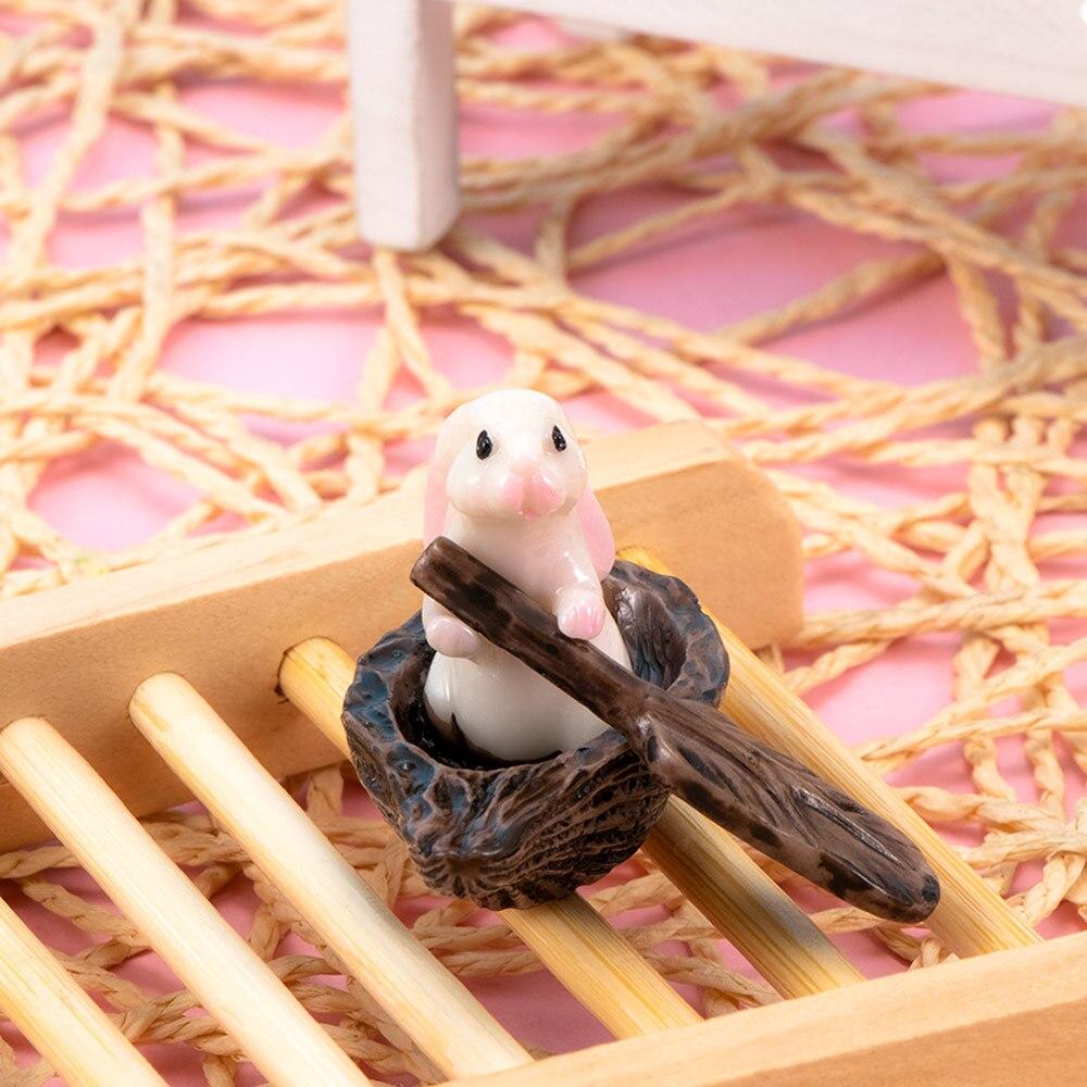 Super Cute Mini Berperahu Taman Kelinci Dekorasi Rumah Ornamen Hewan Mainan Bahan Resin Mikro Lanskap Hot Sale Patung Patung Miniatur Aliexpress