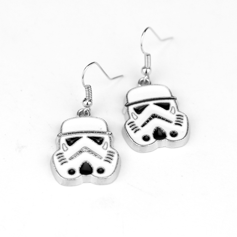 dongshneg Star Wars Stormtrooper Head Earring Black White Warrior Cosplay Alloy Earrings jewelry -15