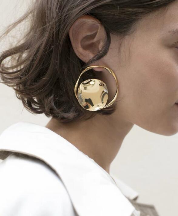 Punk Charm Gold Alloy Earrings 2019 Hollow Spiral Stud for Women Ladies Tribal Gear Earring Delica Jewelry