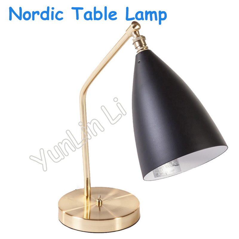 Nordic Table Lamp Metal Stent Classic Desk Lamp Modern Reading Lamp Study Bedroom Desk Lights Creative Lighting grasshopper T sony sony an420