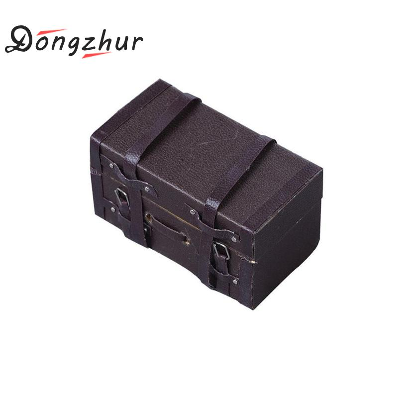 Dongzhur 1:12 Doll House Miniature Vintage Leather Wood Suitcase Mini Luggage Box Toys Accessories Dropship
