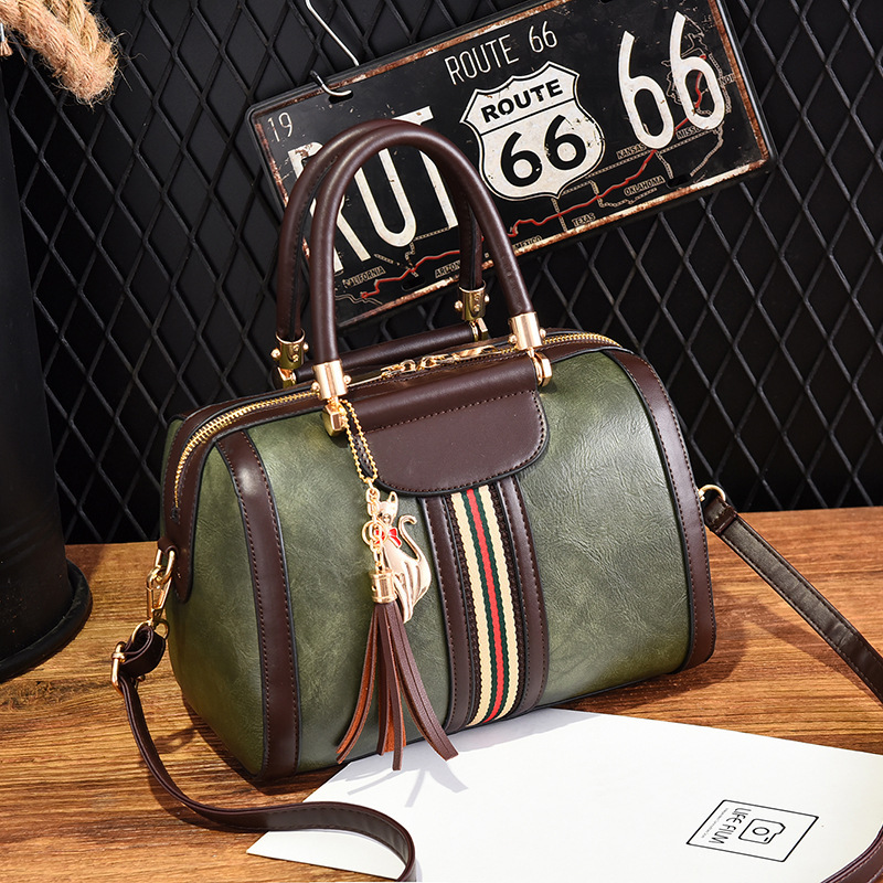 2018 NEW WOMENS BAG KOREAN VERSION SWEET FASHION LADYS HANDBAG WITH ONE SHOULDER SLANTING CROSS HANDBAG PURSE LADIES HAND BAGS