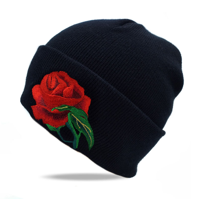 2017 New Fashion Winter Ski Cap Roses Women Knitted Hats Gorros Knit Skullies Snowboard Hats Skating Ski Caps Warm Beanies Hat sn su sk snowboard gorros winter ski hats skating caps skullies and beanies for men women hip hop caps knitting bonnet chapeu