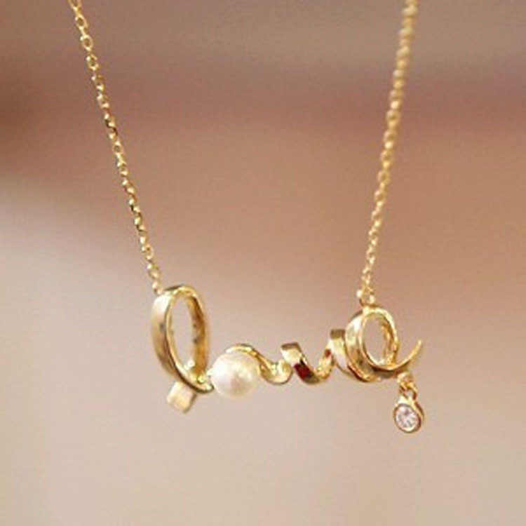 2018 New Korean Fashion Temperament All-match Short Necklace Love Imitation  Necklace Chain Letter Personality Clavicle