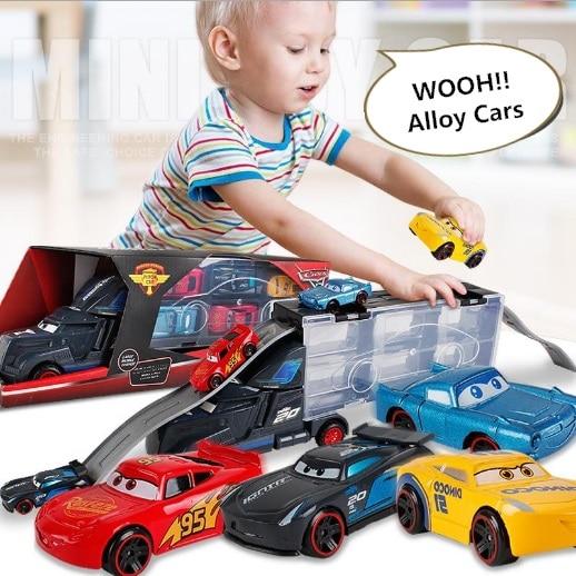 Novo diecast metal liga modelo brinquedos diecast caminhão de metal com 6 pequenos carros pixar 3 jackson tempestade mater cruz ramirez presente