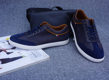 Latest style Skateboard-Schuhe Men Blue Men Brand Shoes Sneakers Genuine Leather Breathable Deodorization 9 size and 5 Colors