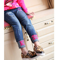 Детская одежда 2017 весной и осенью девушки джинсы, Детские Письма узкие брюки детские брюки