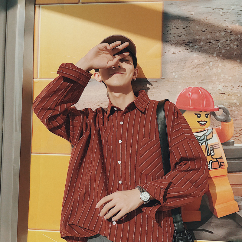 2018 Korean Style Men Fashion Vertical Stripe Printing Youth Long Sleeves High Quality Homme Red/black/brown Color Shirts M-2XL