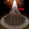 Chic Lace Edge Cream Bridal Veils 3.5 Meters Wedding Veils With Comb