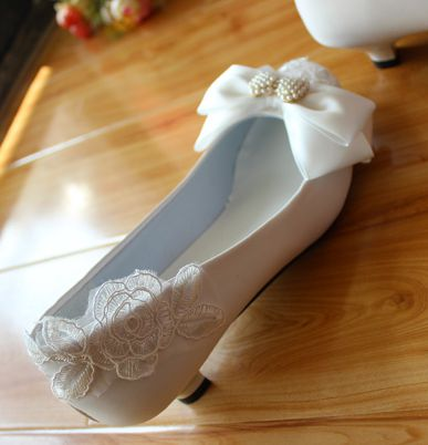 100% handmade sweet wedding shoes for women small low heel lace white bridal shoe TG143 different heel female party bow shoes