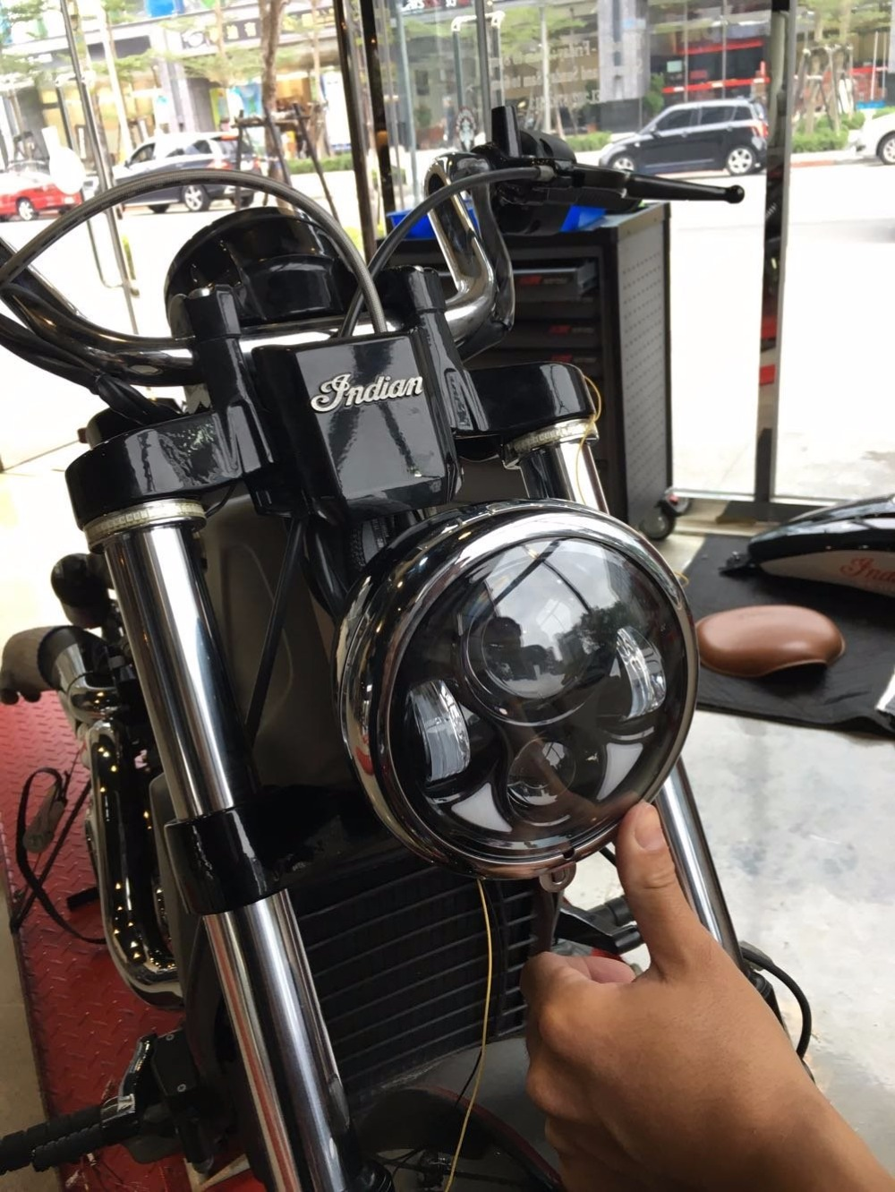 On sale Accessories 5.75 headlight motorcycle 5 3/4 led headlight 5-3/4 Motorcycle Black Projector Daymaker for Harley on sale motos accessories 5 75 headlight motorcycle 5 3 4 led headlight for harley motorcycle projector daymaker