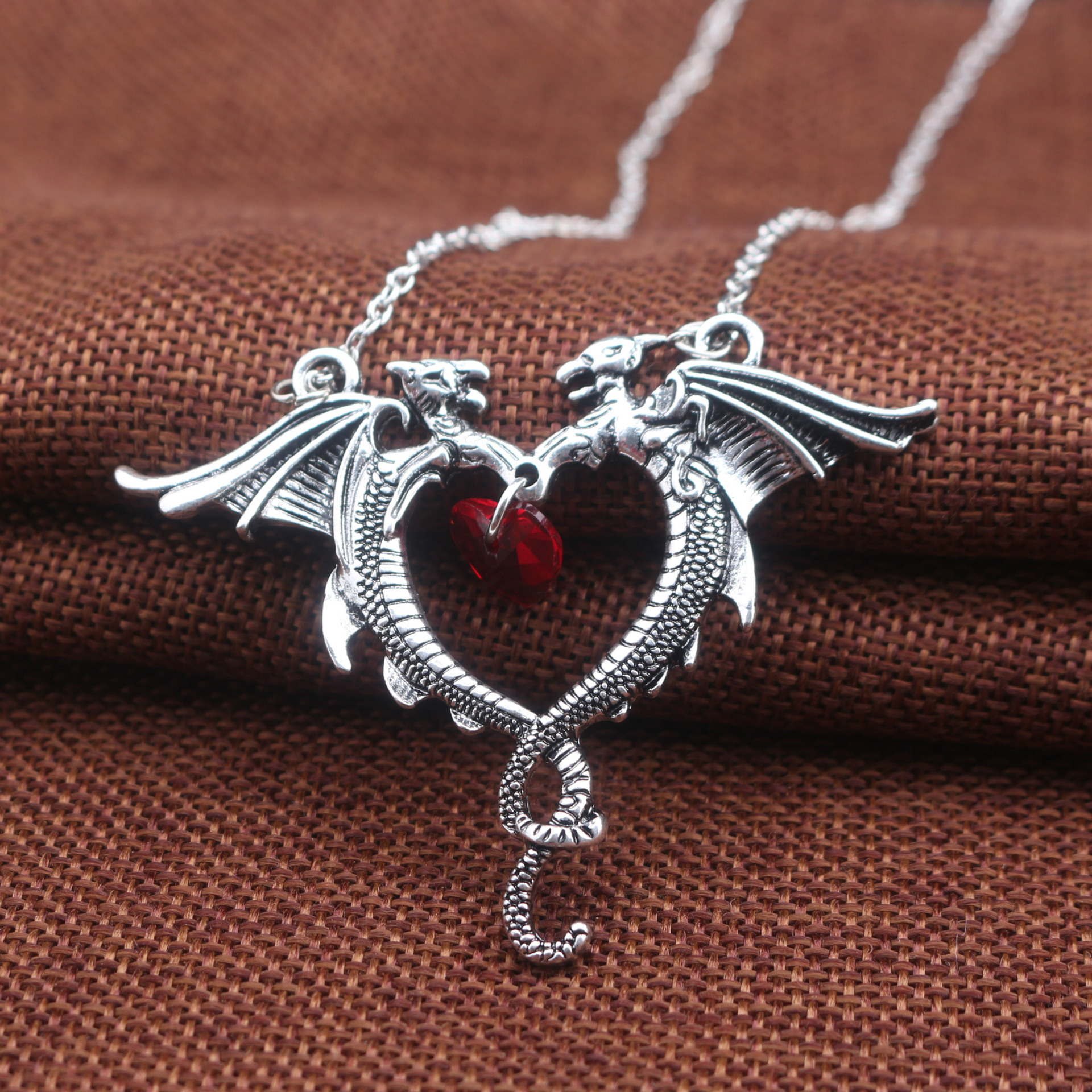 Vintage Necklace Jewelry Women Crystal Heart Necklace Dragon Necklaces 1