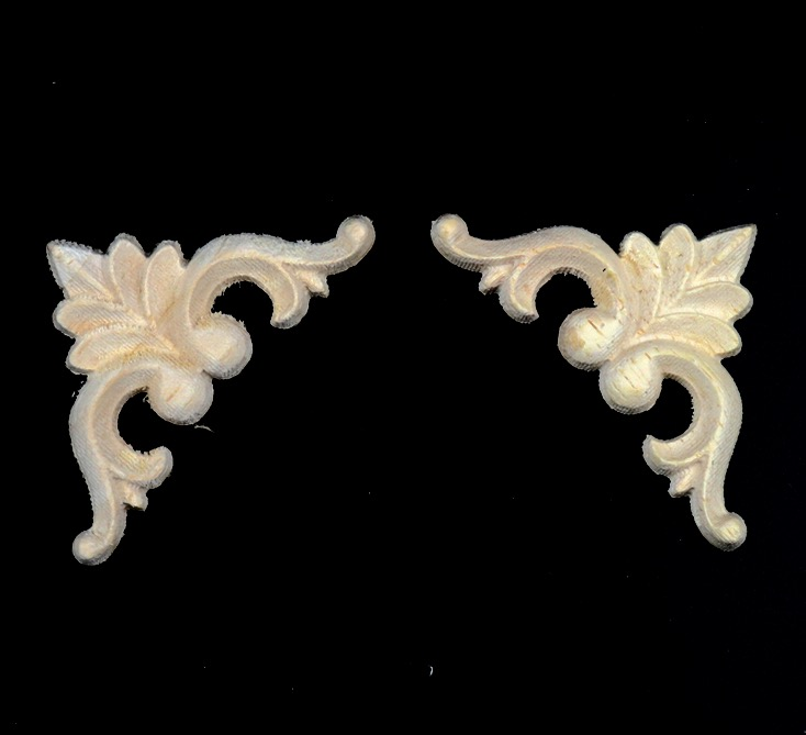 10PCS LOT 9 5x9 5x1cm Wood carving Trim Angle Flowers Applique Decal European style Furniture Cabinets Decorative in Plaques Signs from Home Garden