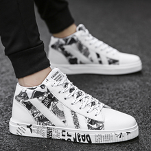 Graffiti Canvas Men Casual Shoes Breathable Male Shoes Tenis Masculino Adulto Shoes Outdoor Shoes Lovers Sneakers Men Unisex 45