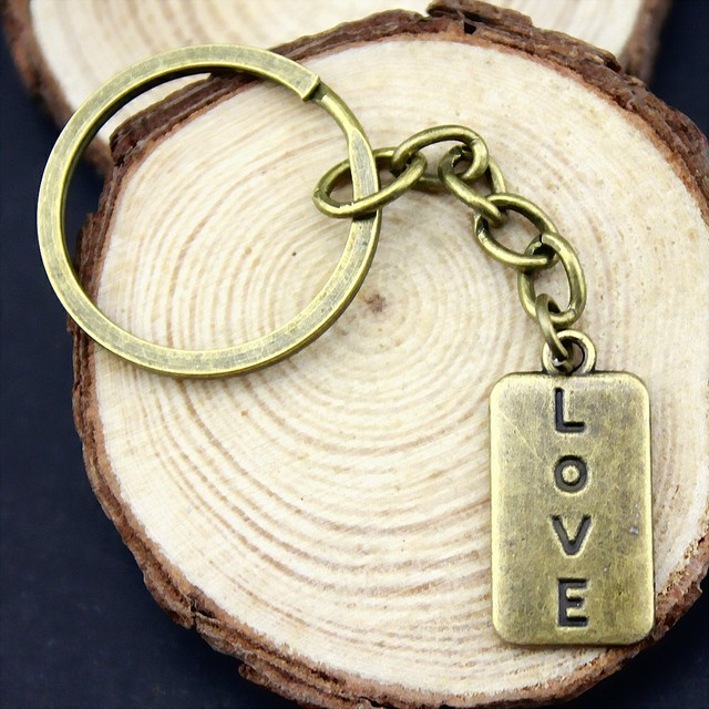Keychain Love Letters Handmade With Love Tag Key Chain Love Wedding Gifts For Guests Souvenirs Jewelry Couples Valentine Gift