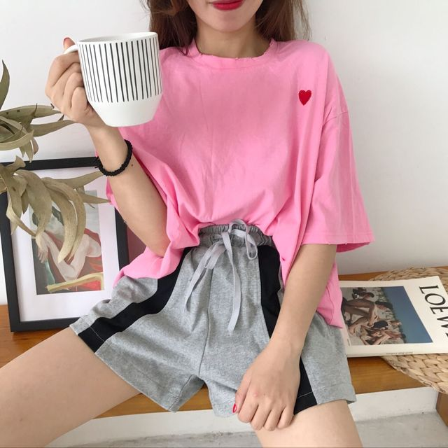 f99aa3ea 2018 Female Loose Student Casual Solid Cotton O-neck Tops Summer Women  Korea Style Love Heart Embroidery Short Sleeve T Shirt