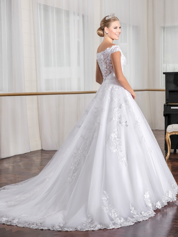 Vestido de Noiva Off Shoulder Ball Gown Vintage Wedding Dresses Lace Appliques Crystal Waist Robe de Mariage China Bridal Gowns