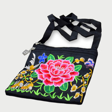 2018 National Embroidered Small Bags Vintage Womens Embroidery One Shoulder Bag Phone Floral Coin Sac a Dos Femme