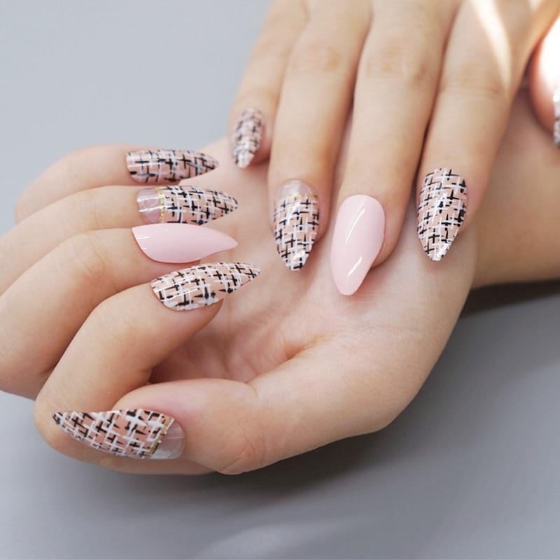 Outstanding Black Tip Stiletto Nails Embellishment - Nail Paint ...