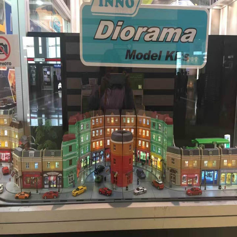 Alta simulação 1: 64 rmz cidade diorama educação modelo kits de construção brinquedo diy casa europeia diecast metal carros para crianças presentes