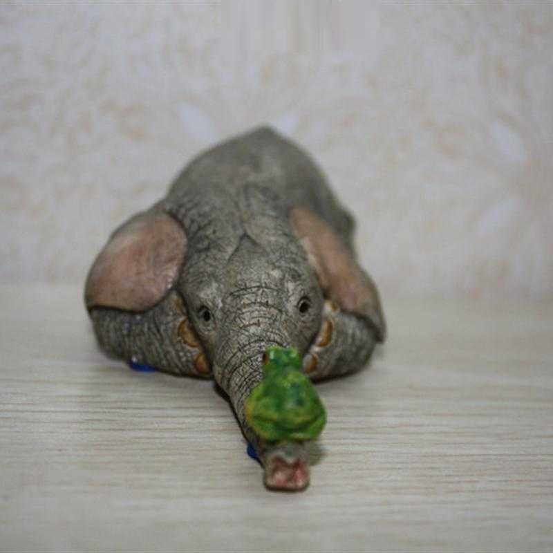 Cute Elephant And Frog Miniature Resin Handmade Office Novelty Decoration Art And Craft Ornament Trinket Accessories L3191 Delicious In Taste Home Decor