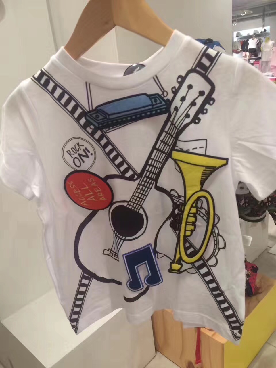 In Stock Kids Clothes Summer Fashion Tops Girls Boys Cotton T-short Interesting Music Note Guitar Graffiti Tees