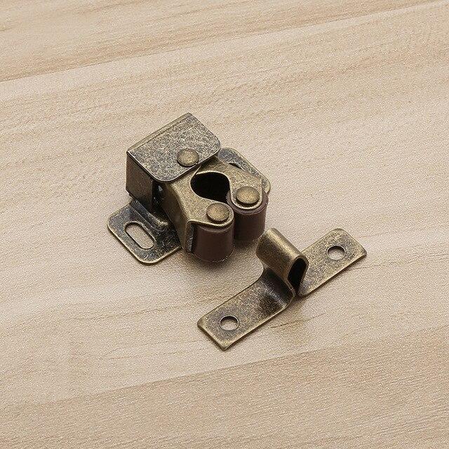 https://ae01.alicdn.com/kf/HTB1MHVgxDlYBeNjSszcq6zwhFXaV/NAIERDI-2PCS-Door-Stop-Closer-Stoppers-Damper-Buffer-Magnet-Cabinet-Catches-With-Screws-For-Wardrobe-Hardware.jpg_640x640.jpg