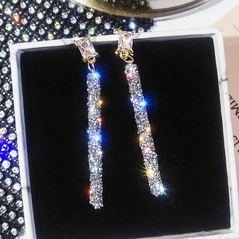 19 New Fashion Arrival Crystal Classic Geometric Long Dangle Earrings For Woman Female Jewelry Korean Simple Earrings 2
