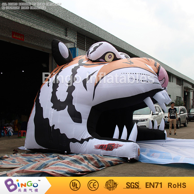 Free Delivery Customized Tiger Head Inflatable Football Tunnel Toy tents