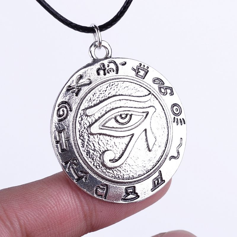 Hot Selling Movie The Eye Of Horus Necklace Ward Off Evil Spirits