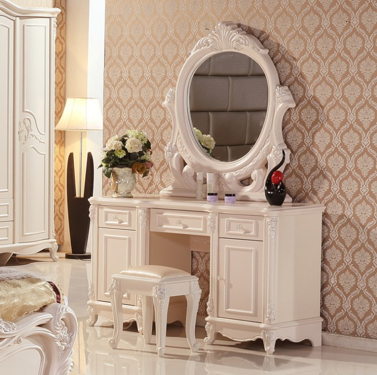 White European mirror table French furniture 06