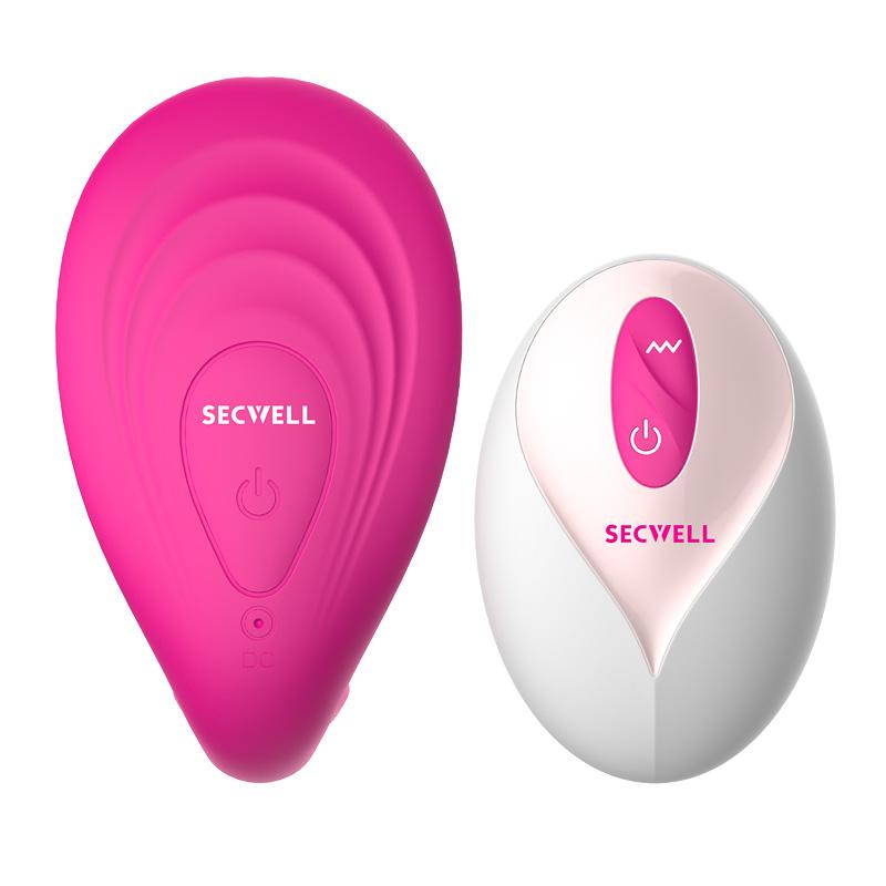 Wireless Remote Vibrating Panties C String Invisible Sex Vibrator Clitoris G Spot Sex Machine Strap on Dildo Sex Toys for Women