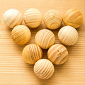 2016 New natural camphor wood ball sandalwood incense wood bead insect decay fresh air 5pcs/lot