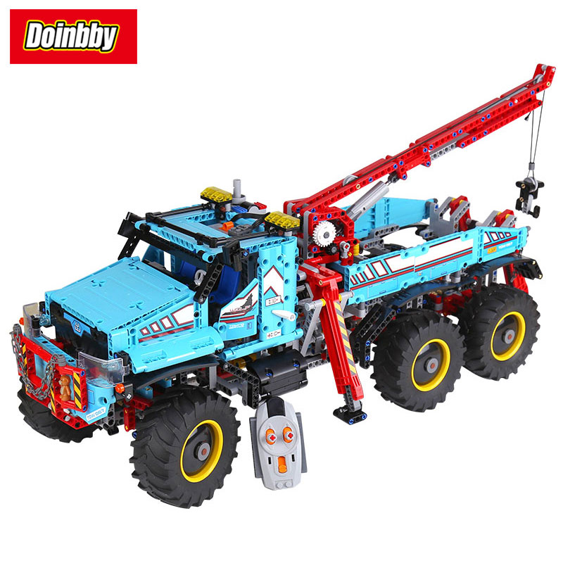 20056 Technic Series 6x6 All Terrain Tow Truck Set with Remote Building Block Set Bricks Toys 1912Pcs Compatible 42070 free shipping tow truck diy enlighten block bricks compatible with other assembles particles