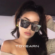 2019 New Oversized Sunglasses Women Big Frame Square Flat To