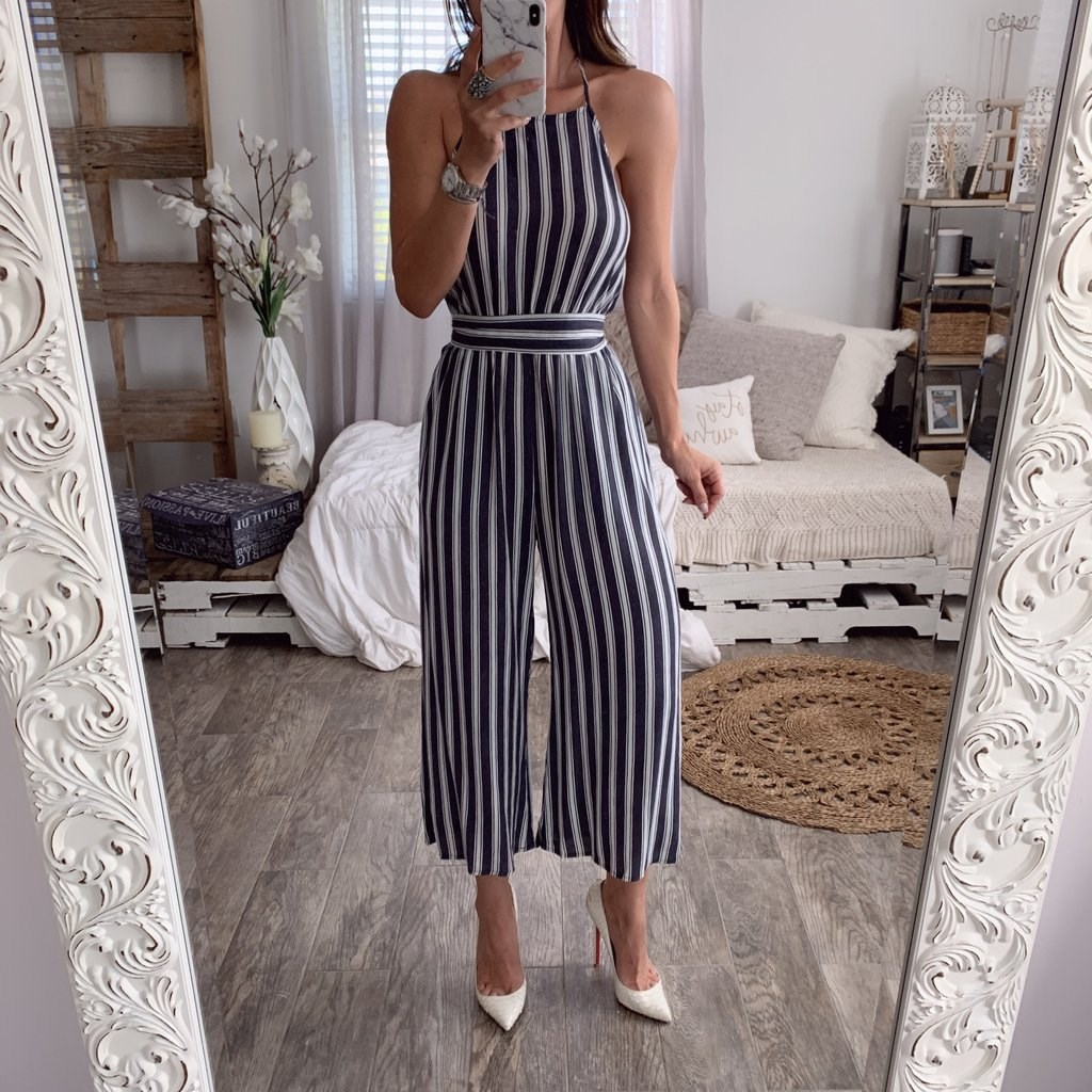 2019 Women Sexy Backless Striped   Jumpsuit   Casual Sleeveless Playsuit Elegant Loose Wide Leg Overalls